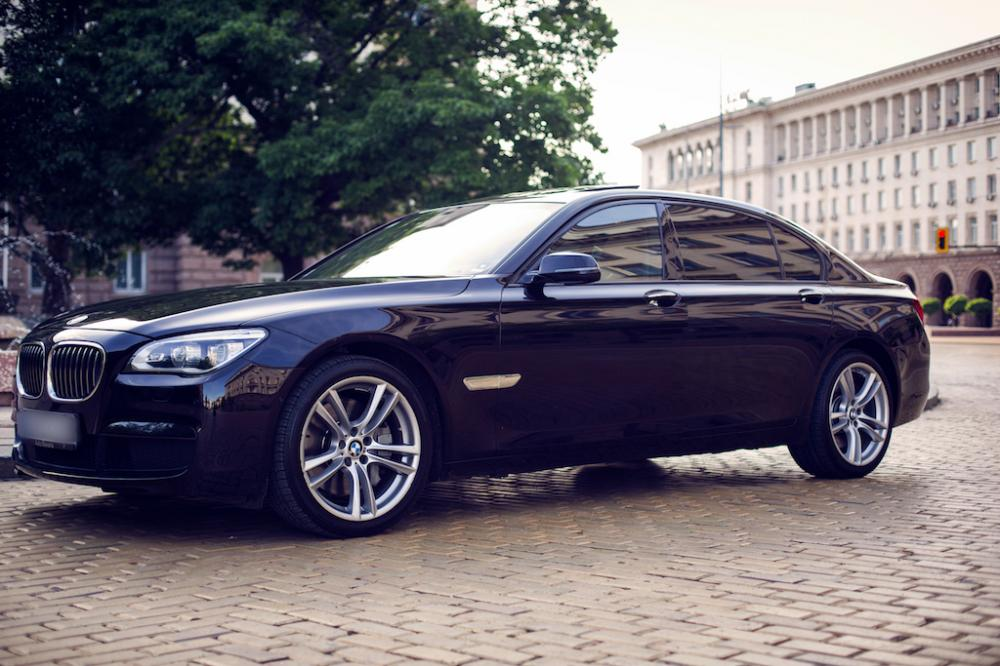 Rent out BMW 750Ld for your special event
